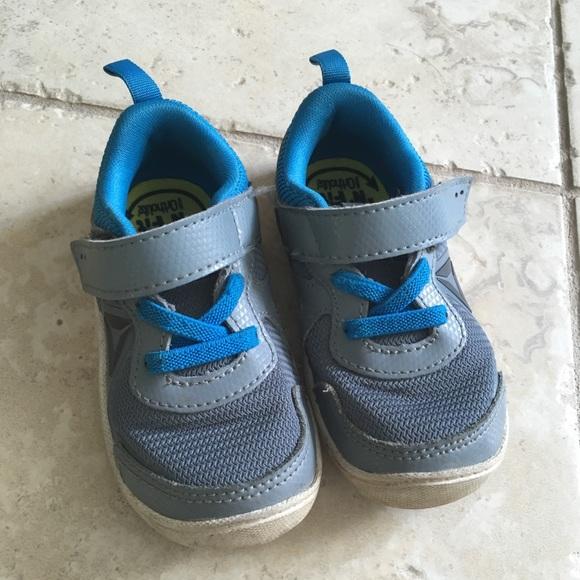 desinfectante reunirse Guiño  Reebok Shoes | Ventureflex Toddler 6 | Poshmark